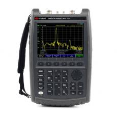 N9913A/N9914A FieldFox 핸드형 RF 분석기 (CAT기본)